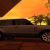 Range-Rover iš šono